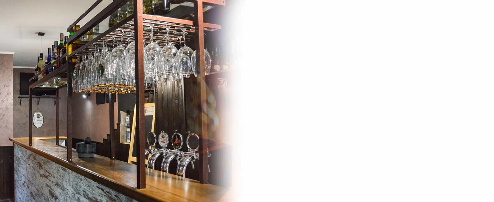 Arredamento pub birrerie paninoteche a roma e lazio for Arredamento per pub e birrerie
