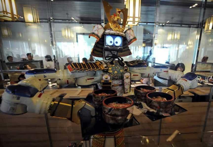 Hajime Restaurant robot localiarreda
