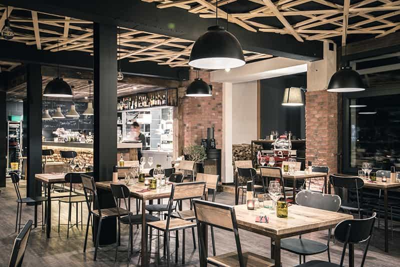 Stile industriale 6 consigli localiarreda for Pizzeria arredamento
