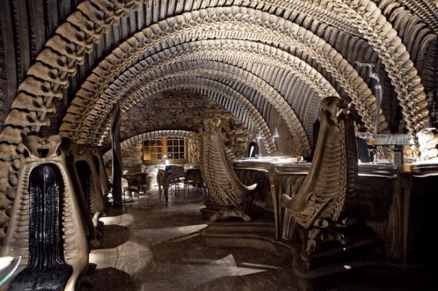 Giger-Museum-Bar-localiarreda