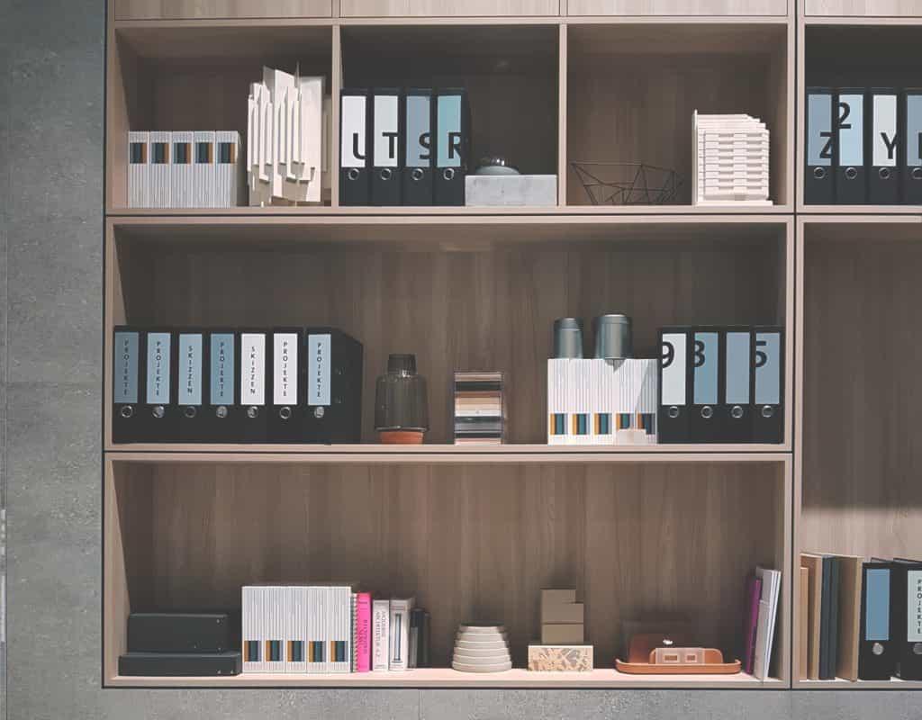 Arredamento minimal, moderno o industrial per il back office di un negozio o di un locale